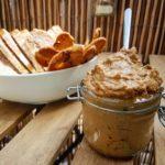hummus de ajo negro y miso blanco – aroa fernandez cocina vegetariana y saludable